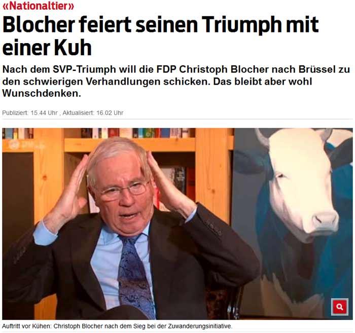 Ex-SVP Bundesrat Dr. Christoph Blocher mit einer Kuh ohne Kuhglocken